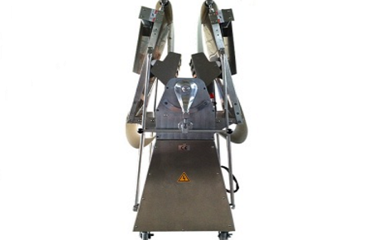 Why You Need to Choose Dough Sheeter with Automatic Flour Duster?